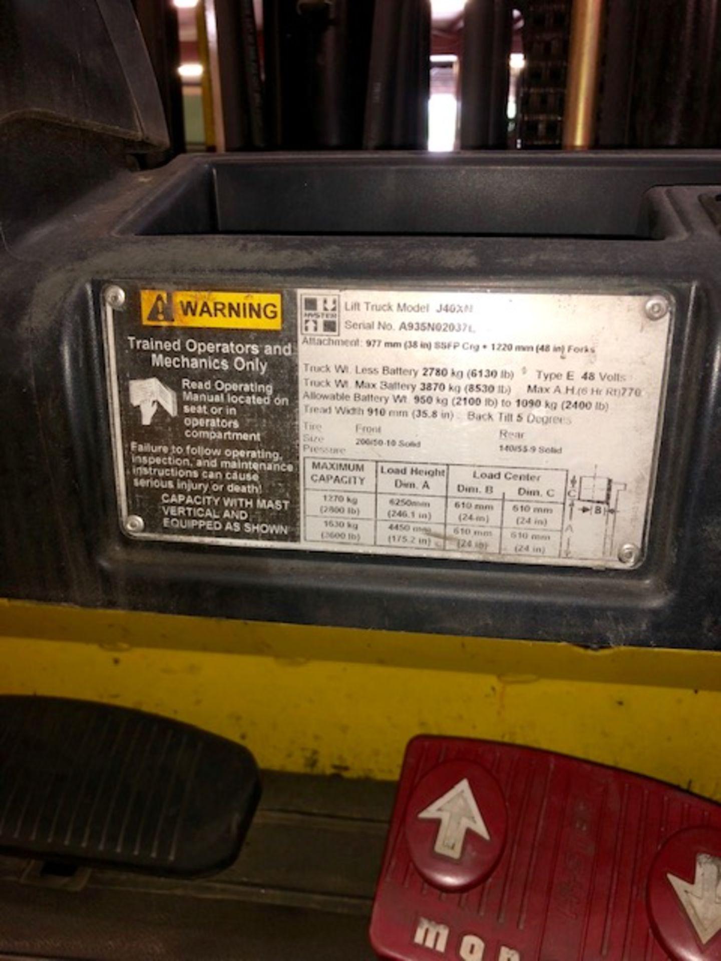 Lot 6 - Hyster forklift J40XN w/48V battery