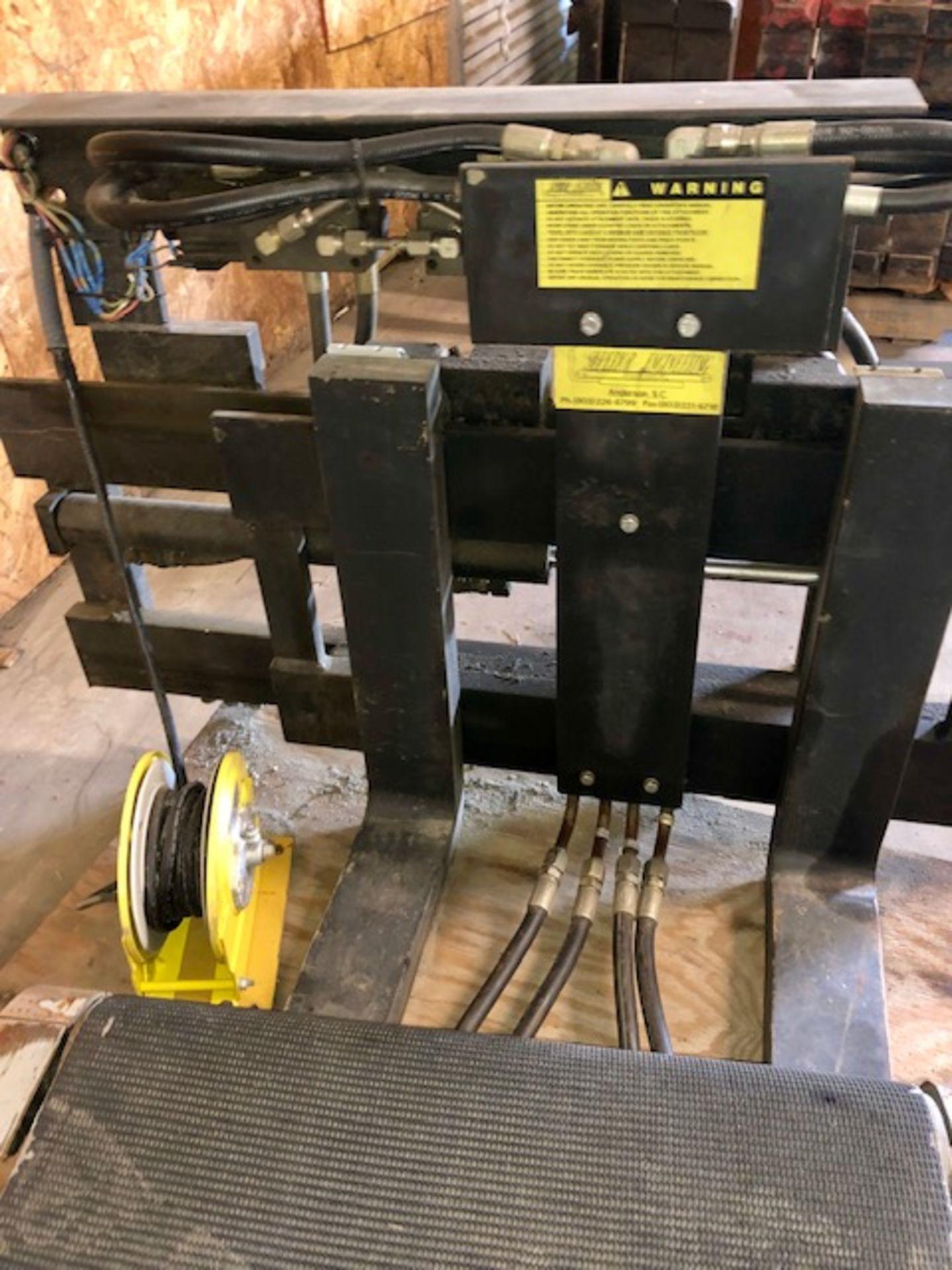 Lot 27 - Forklift Roloader attachment