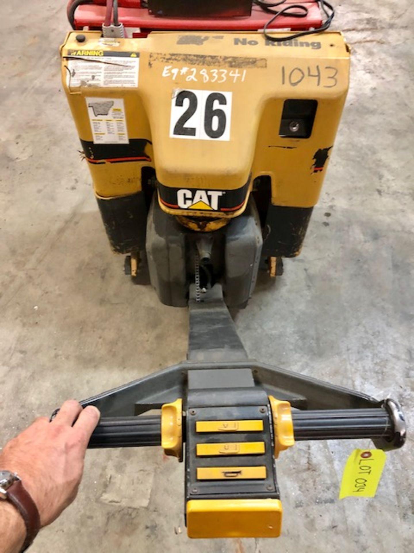 Lot 34 - CAT Electric Pallet Jack/ forklift