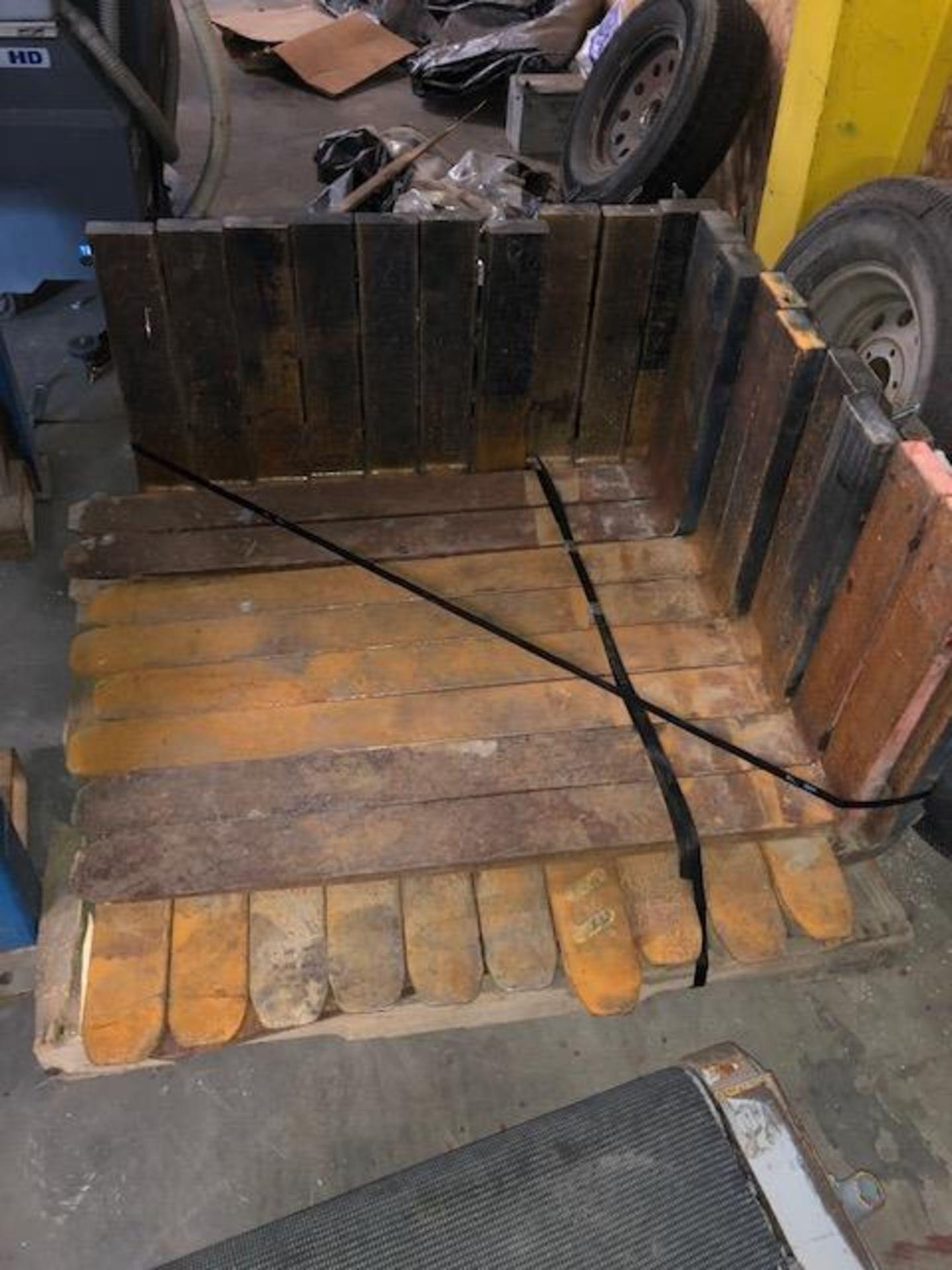 Lot 26 - Forklift Forks