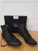 Lot 128 - Brand new Even&Odd ladies shoes EU 42