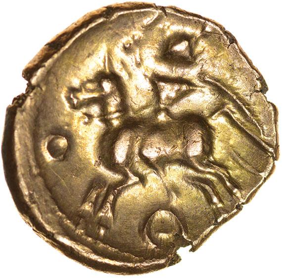 Lot 27 - Tasciovanos Tascio Ricon. Ring Type. c.25BC-AD10. Celtic gold stater. 19mm. 5.46g.