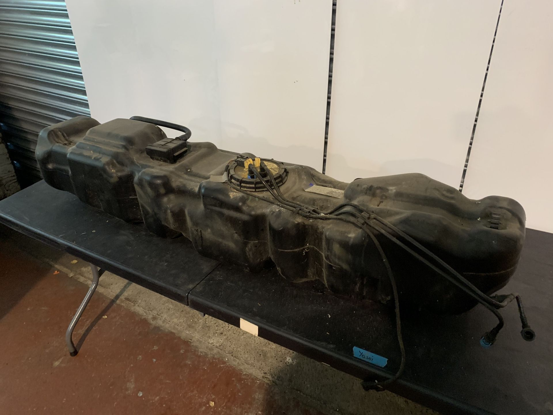 Lot 49 - VOLKSWAGEN VW CRAFTER FUEL TANK