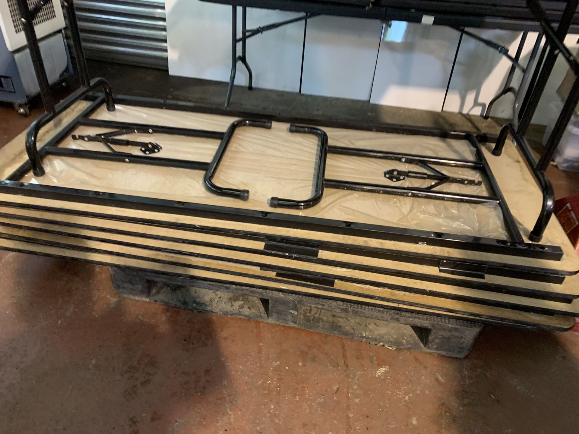 Lot 39 - 6 X COLLAPSIBLE TABLES