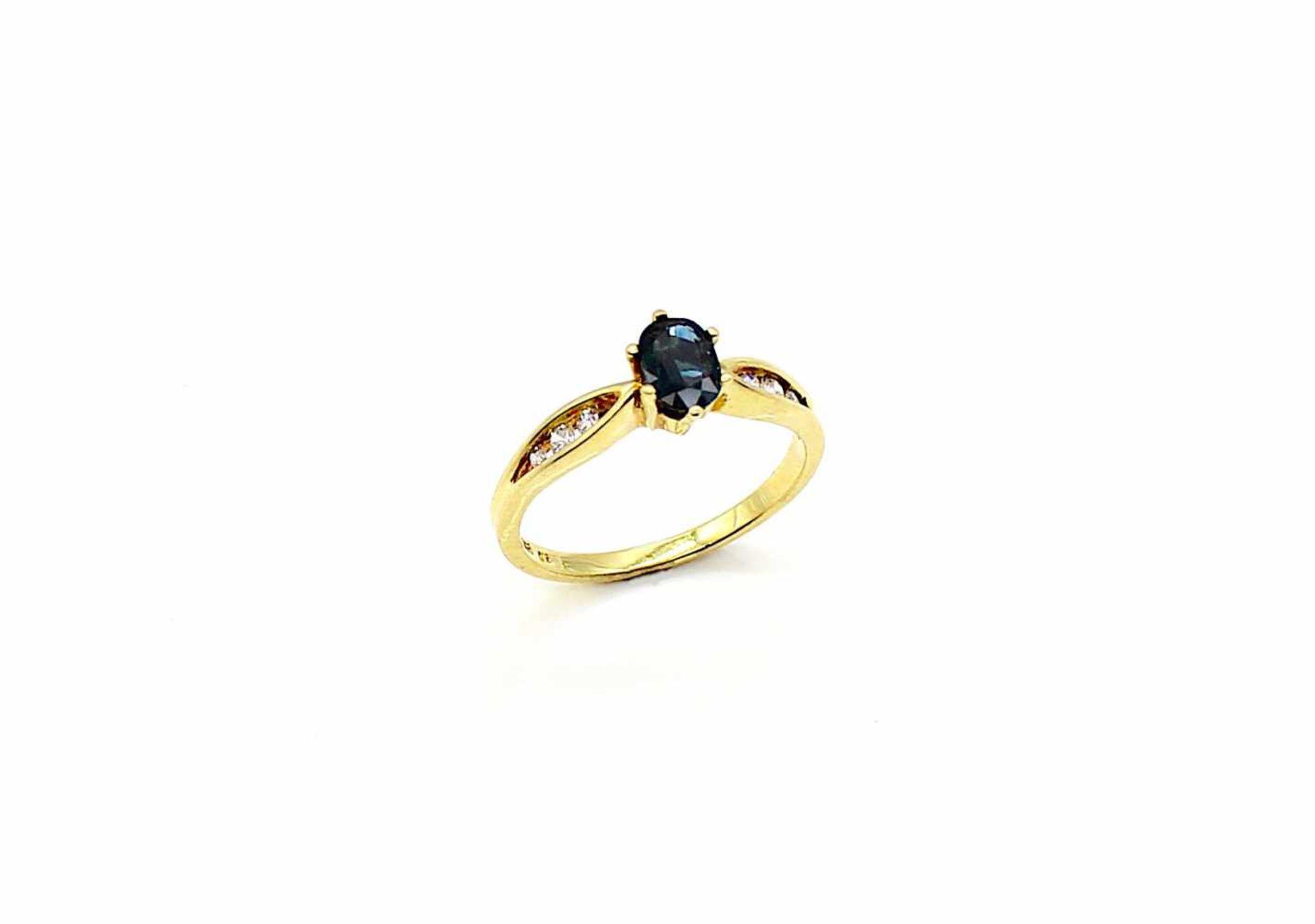 Los 36 - Ring 585 Gold mit kl. Brillanten, 1 Saphir, 2,7 g, Gr. 55