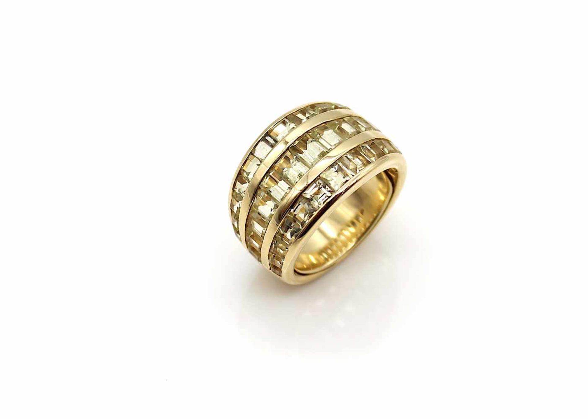 Los 19 - Ring 750 Gold (geprüft) mit div. Citrinen, 15,2 g, Gr. 52