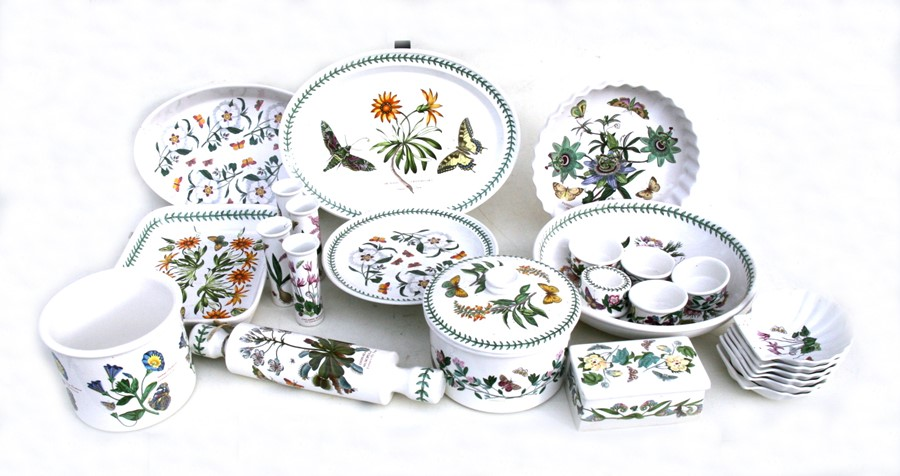 Lot 68 - A quantity of Portmeirion Botanic Garden pattern dinner ware to include a rolling pin, flan dish,