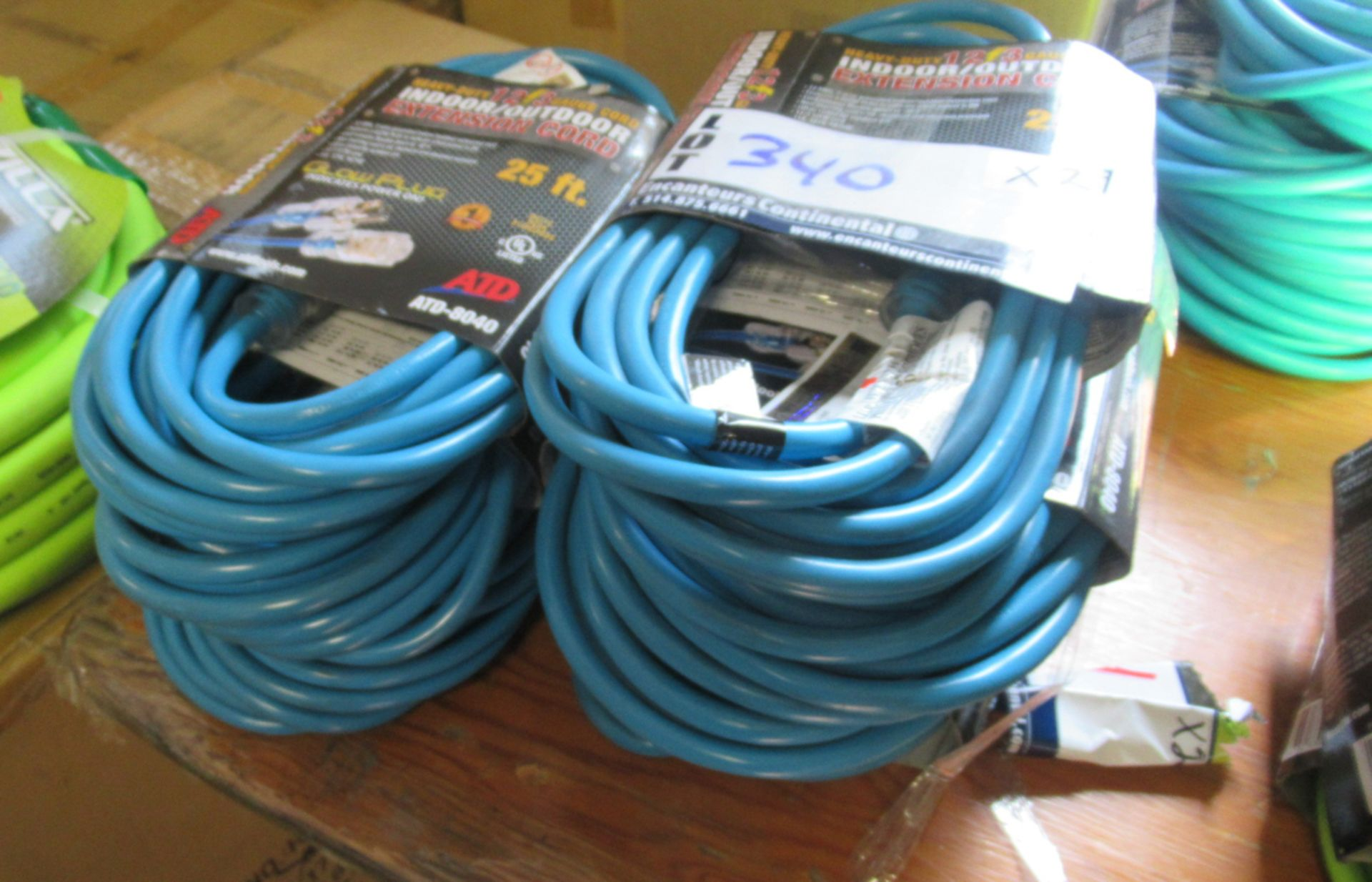 Lot 340 - 25' 12awg EXTENSION CORD ATD 8040