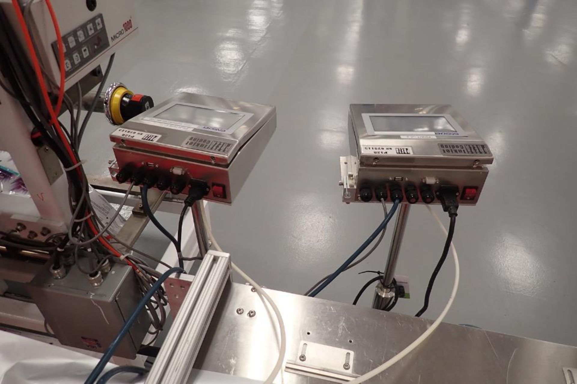 Lot 11 - Preza easjet ink jet printers, SN 675115, SN 675113, with head { Rigging Fee: $50}