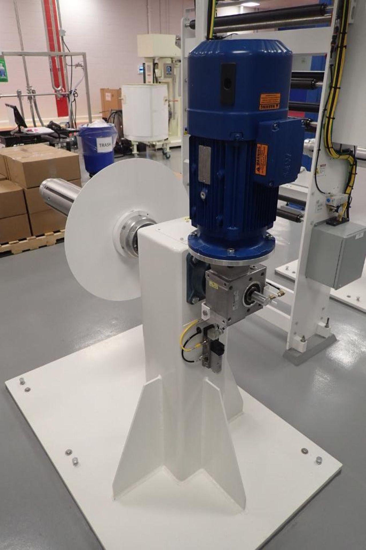 Lot 8 - Paper Converting Machine Company Marlin Flex 4-lane crossfolder wet wipe line, Barry-Wehmiller
