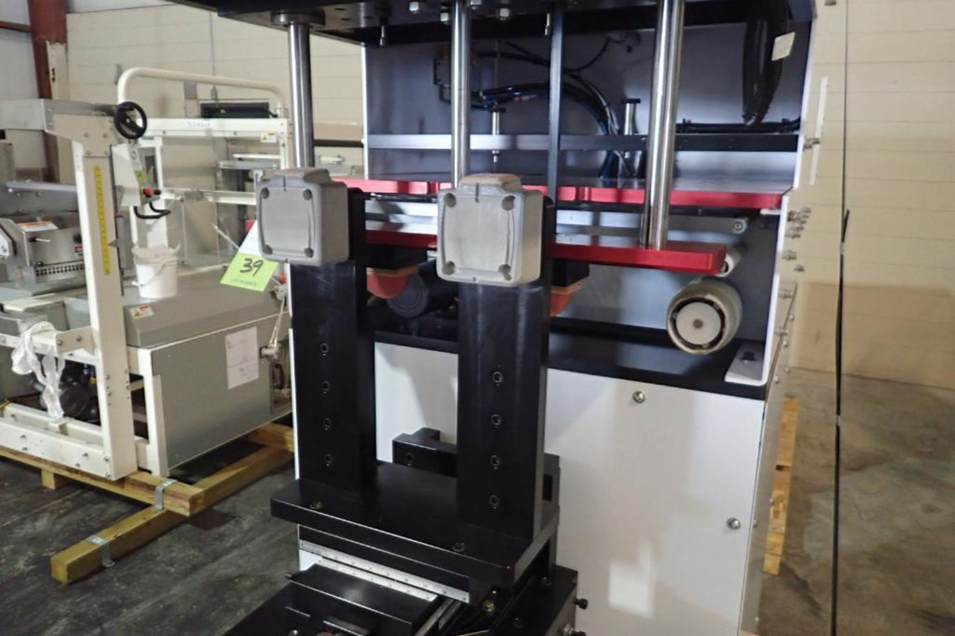 Lot 39 - 2015 Printex G8-150 double-action/wide pad printer, programmable controller and user-friendly