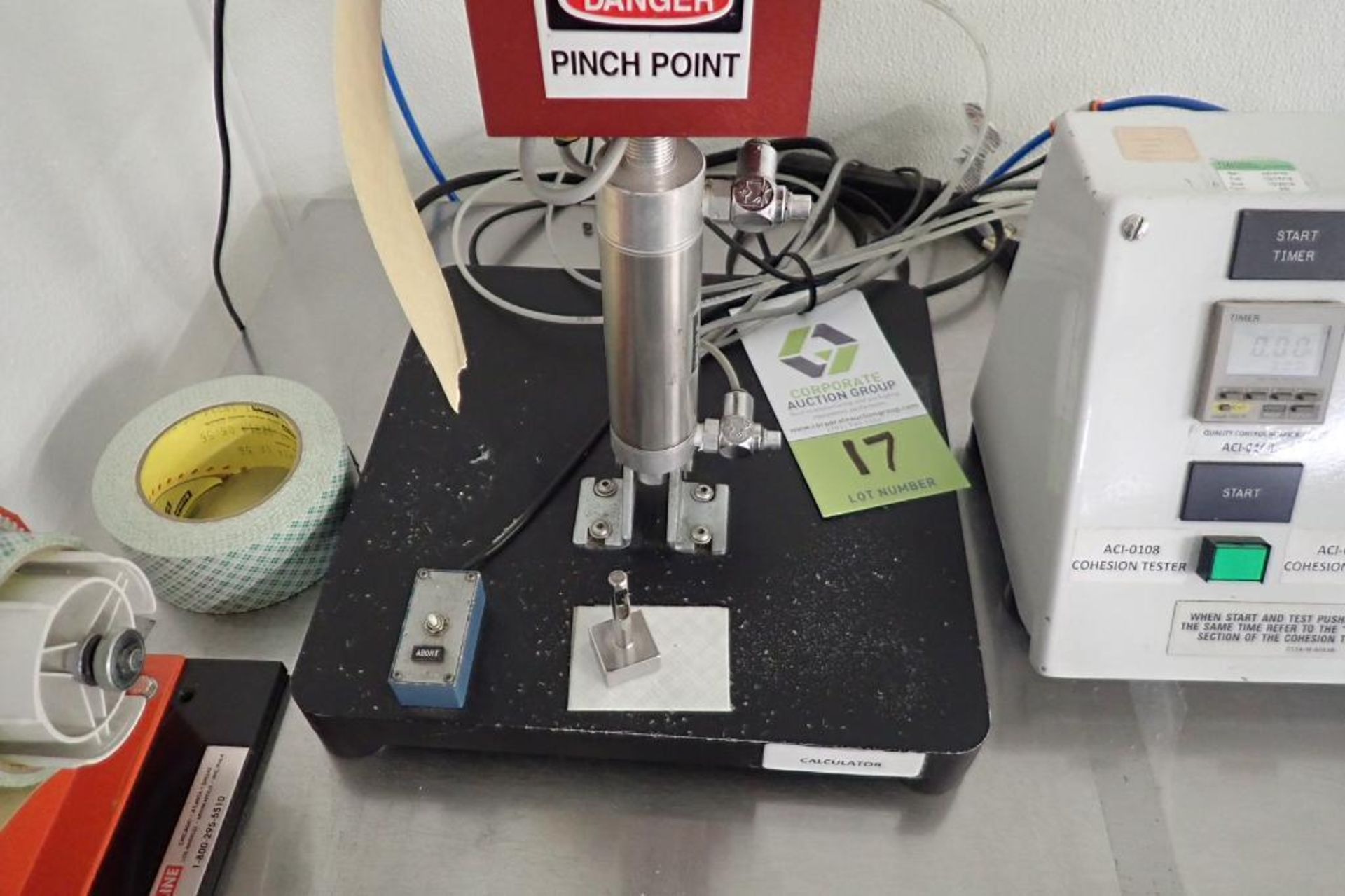 Lot 17 - Chatillon DFIS-50 cohesion tester, 50 x 0.05 lb { Rigging Fee: $25}