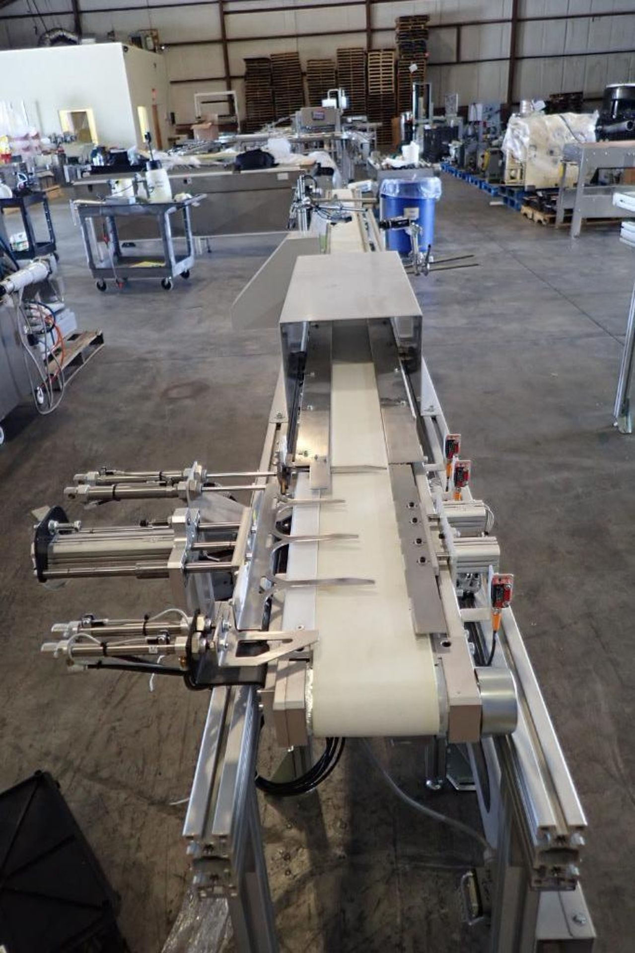 Lot 41 - 2015 Whittmann robotic inter molded label placing system, robot type W837-0138, article number