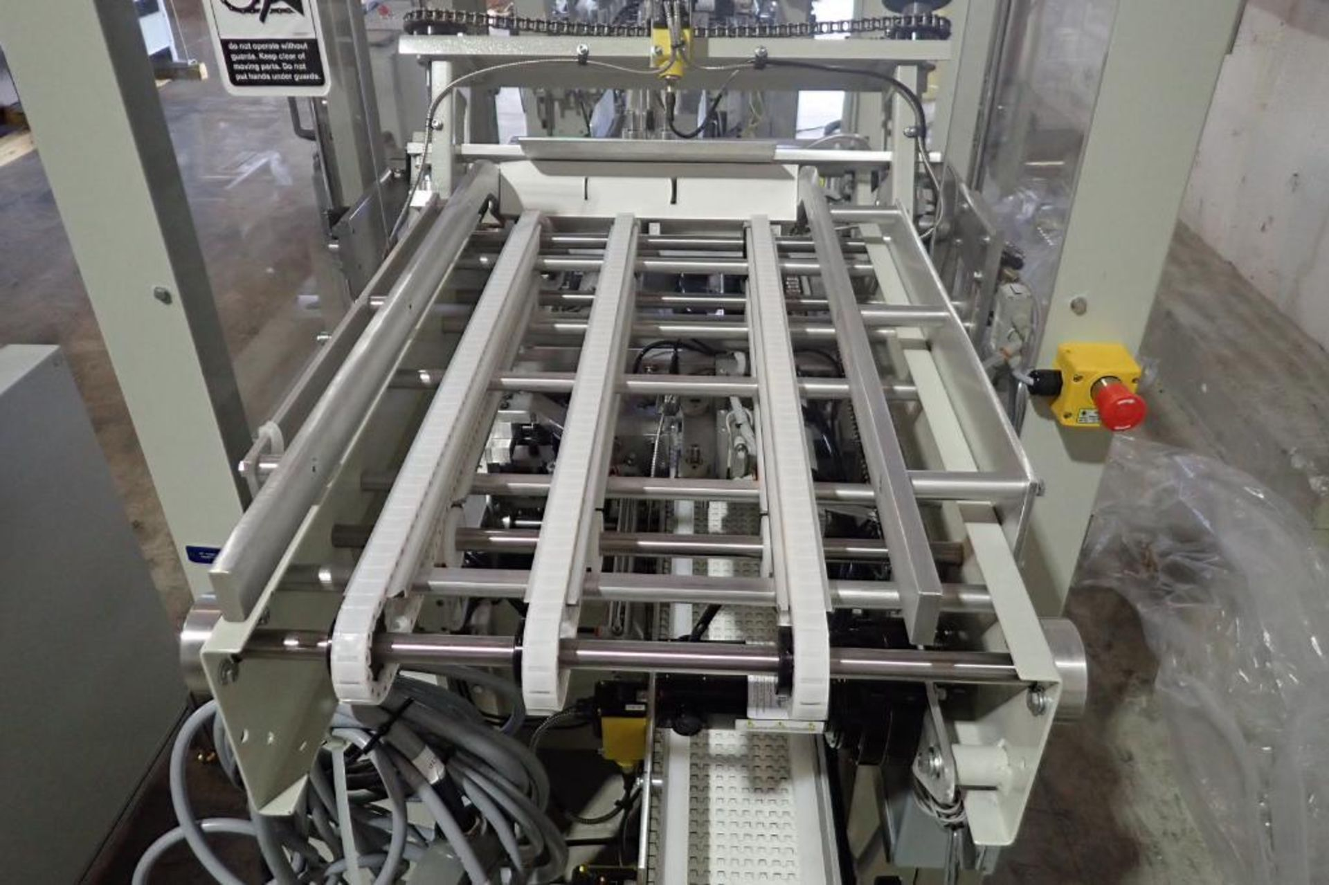 Lot 26 - Patriot Automation round carton belly bander/wrapper, SN 10038712, single lane, 17 in. wide carton