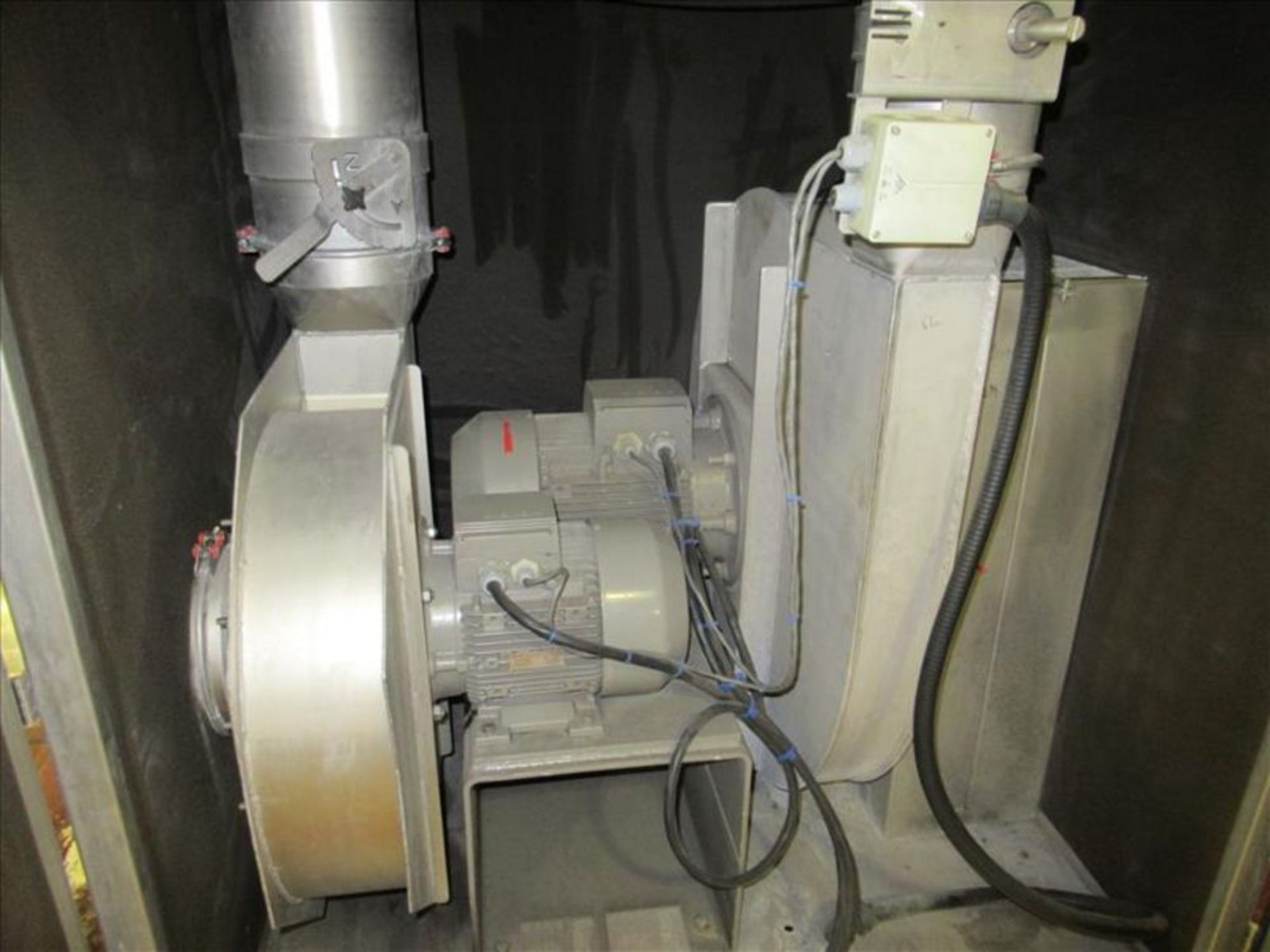 Lot 975 - Clean air blower enclosure [ACC Packaging CIP System ACC Pack]