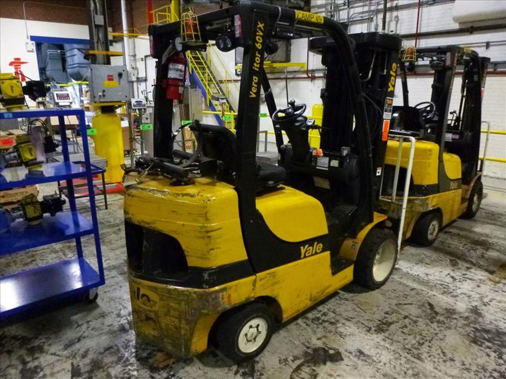 Yale fork lift truck, mod. GLC060VXNVSQ084, ser. no. A91V15562G, LPG, 4000 lbs cap., 240 in. lift - Image 2 of 4
