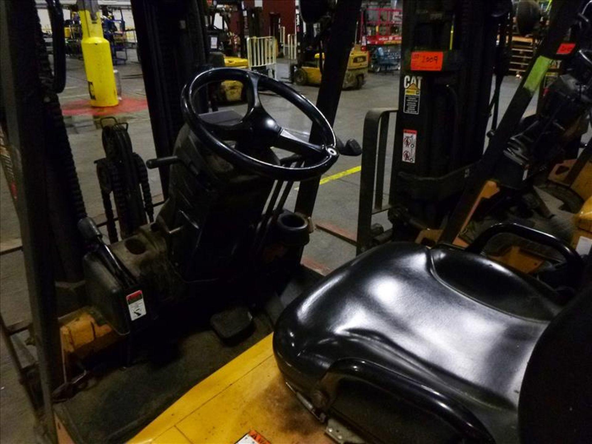 Caterpillar fork lift truck, mod. EC25K, ser. no. A3EC230463, 48V electric, 4450 lbs cap., 188 in. - Image 3 of 4