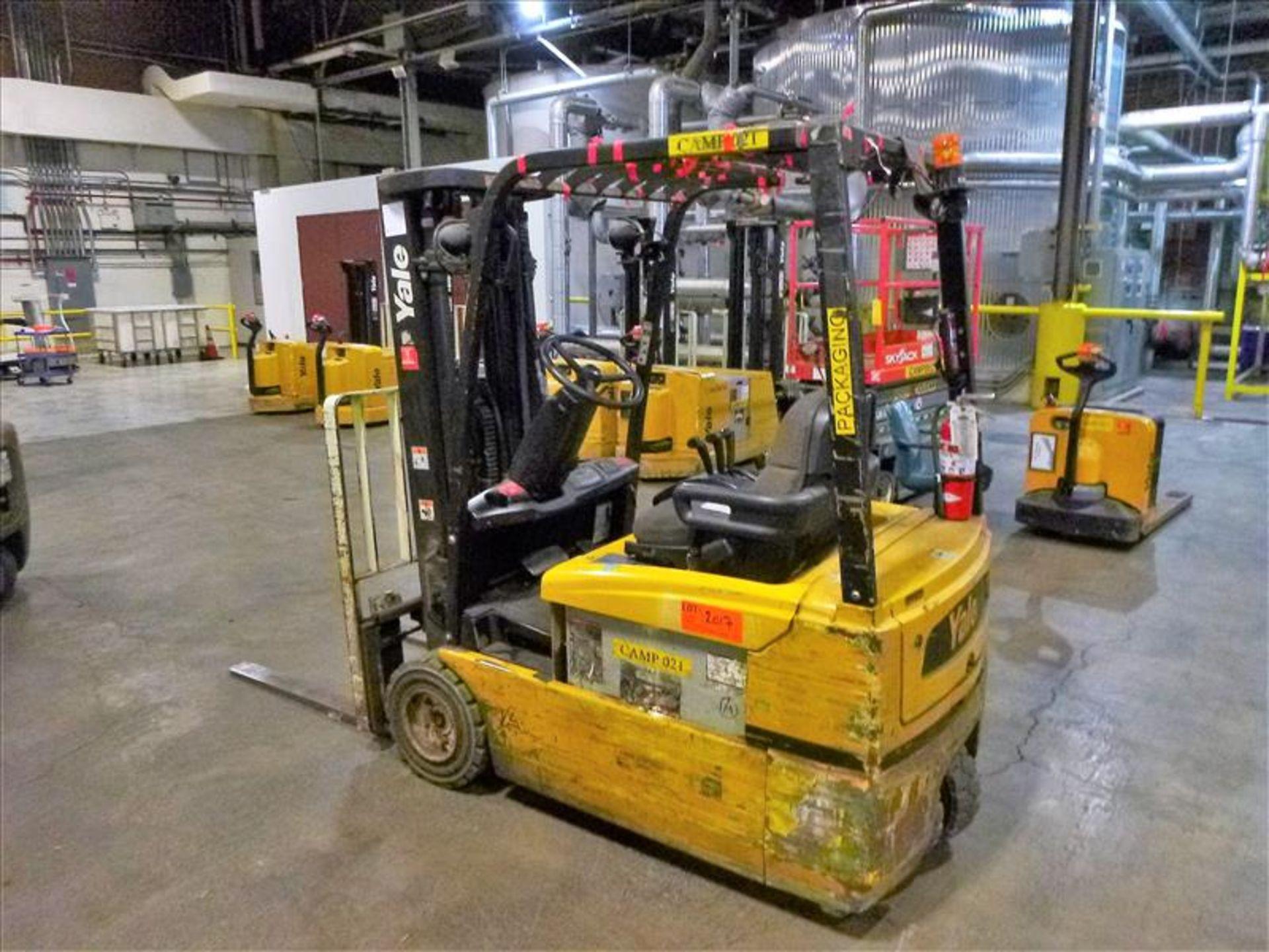 Yale fork lift truck, mod. ERP040VTHN48TE078, ser. no. F807N03990D, 48V electric, 3700 lbs cap., 175 - Image 2 of 4