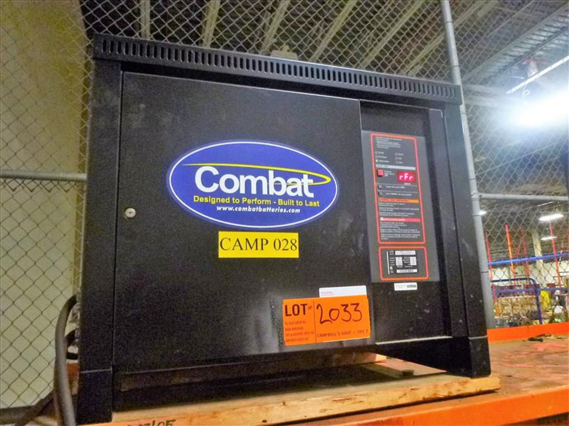 Lot 2033 - Combat battery charger, 48V [Material Handling]