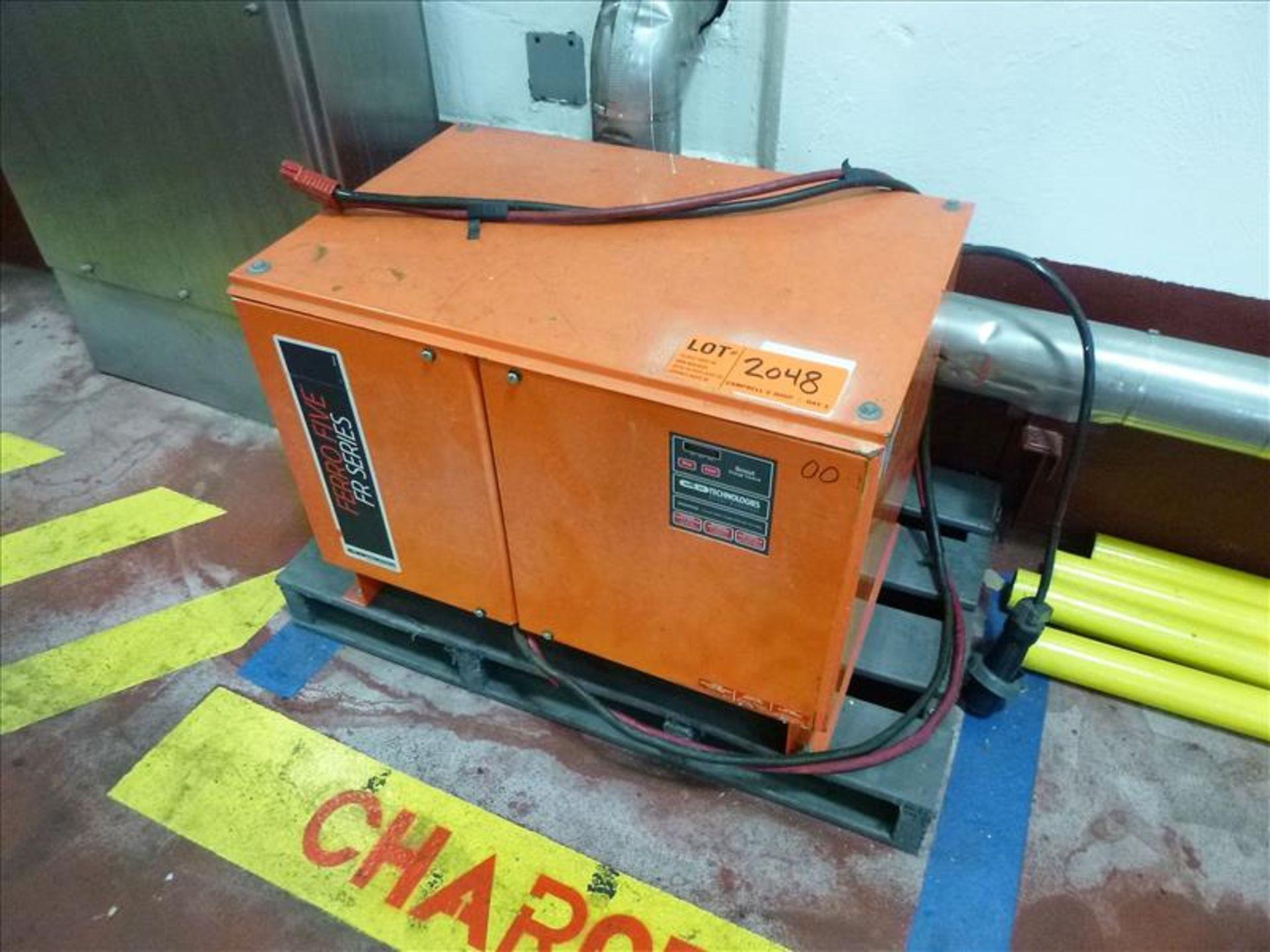 Lot 2048 - FerroFive battery charger, 24V [Material Handling]