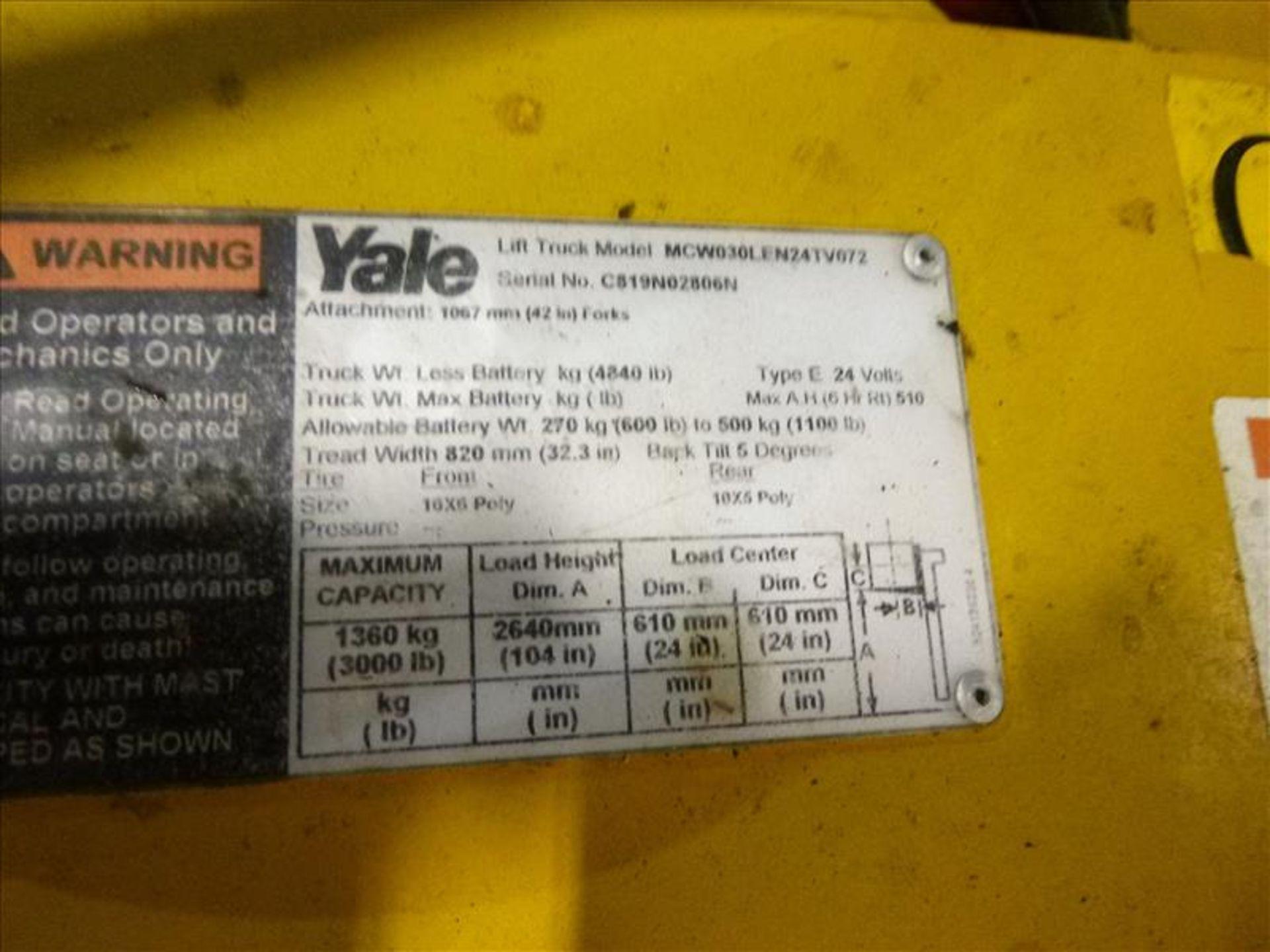 Yale walk-behind fork lift truck, mod. MCW030LEN24TV072, ser. no. C819N02806N, 24V electric, 3000 - Image 3 of 3