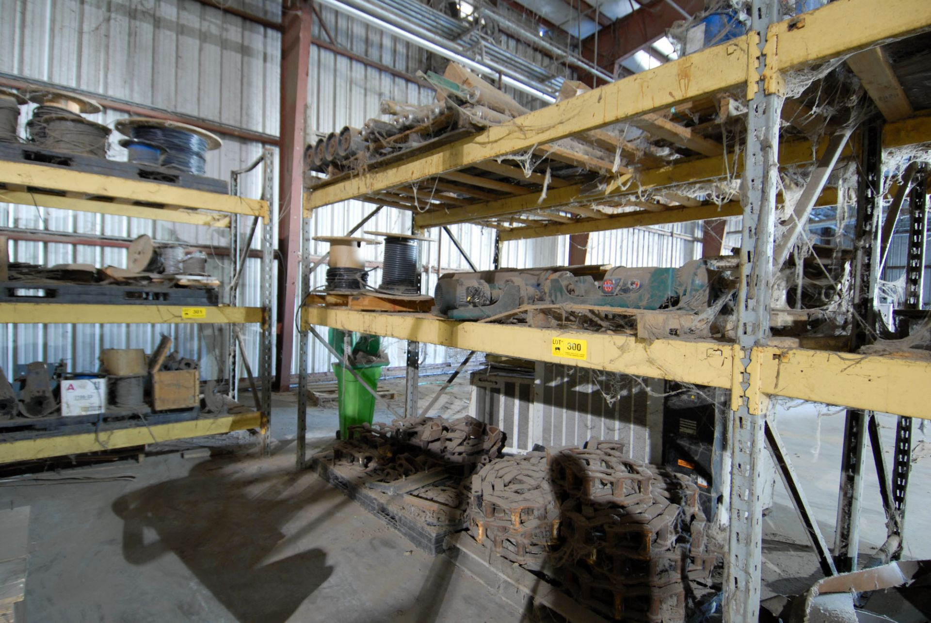 Lot 300 - LOT/ CONTENTS OF RACK (SURPLUS EQUIPMENT)