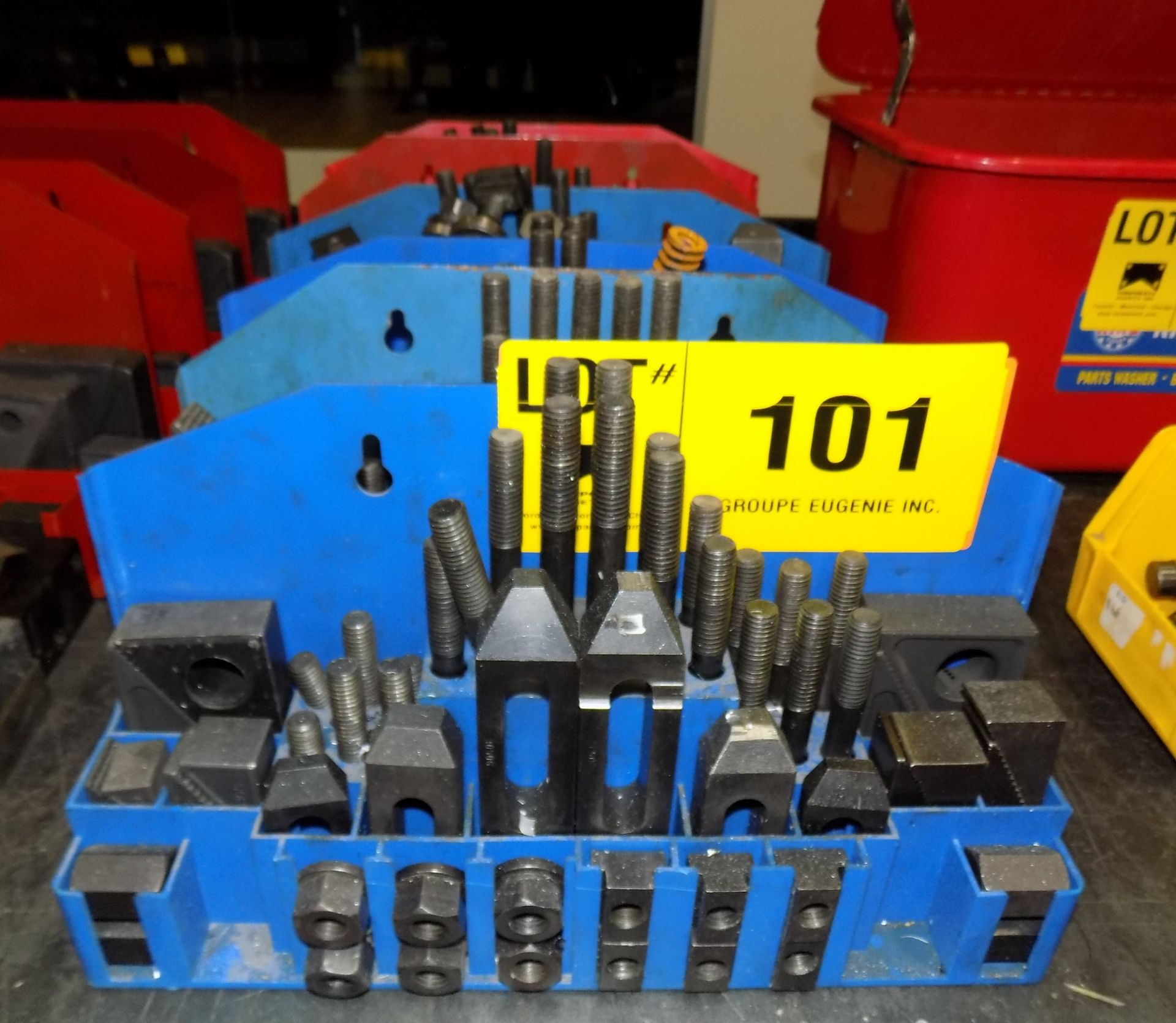 Lot 101 - LOT/ HOLD DOWN CLAMPING