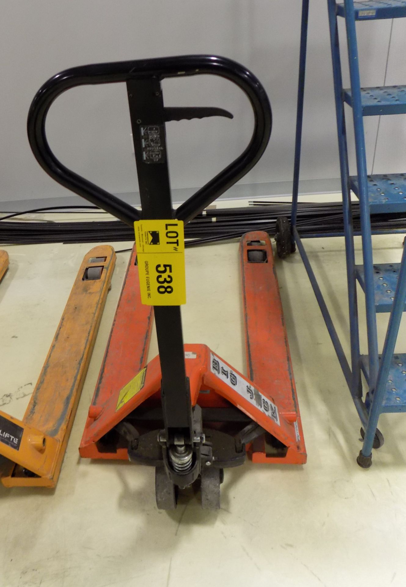 Lot 538 - BIG JACK HYDRAULIC PALLET TRUCK
