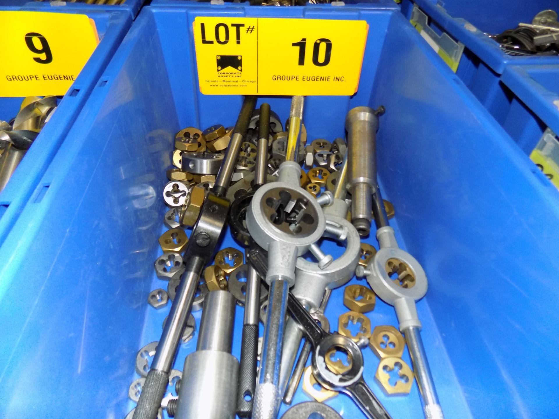 Lot 10 - LOT/ THREADING DIES WITH HOLDERS