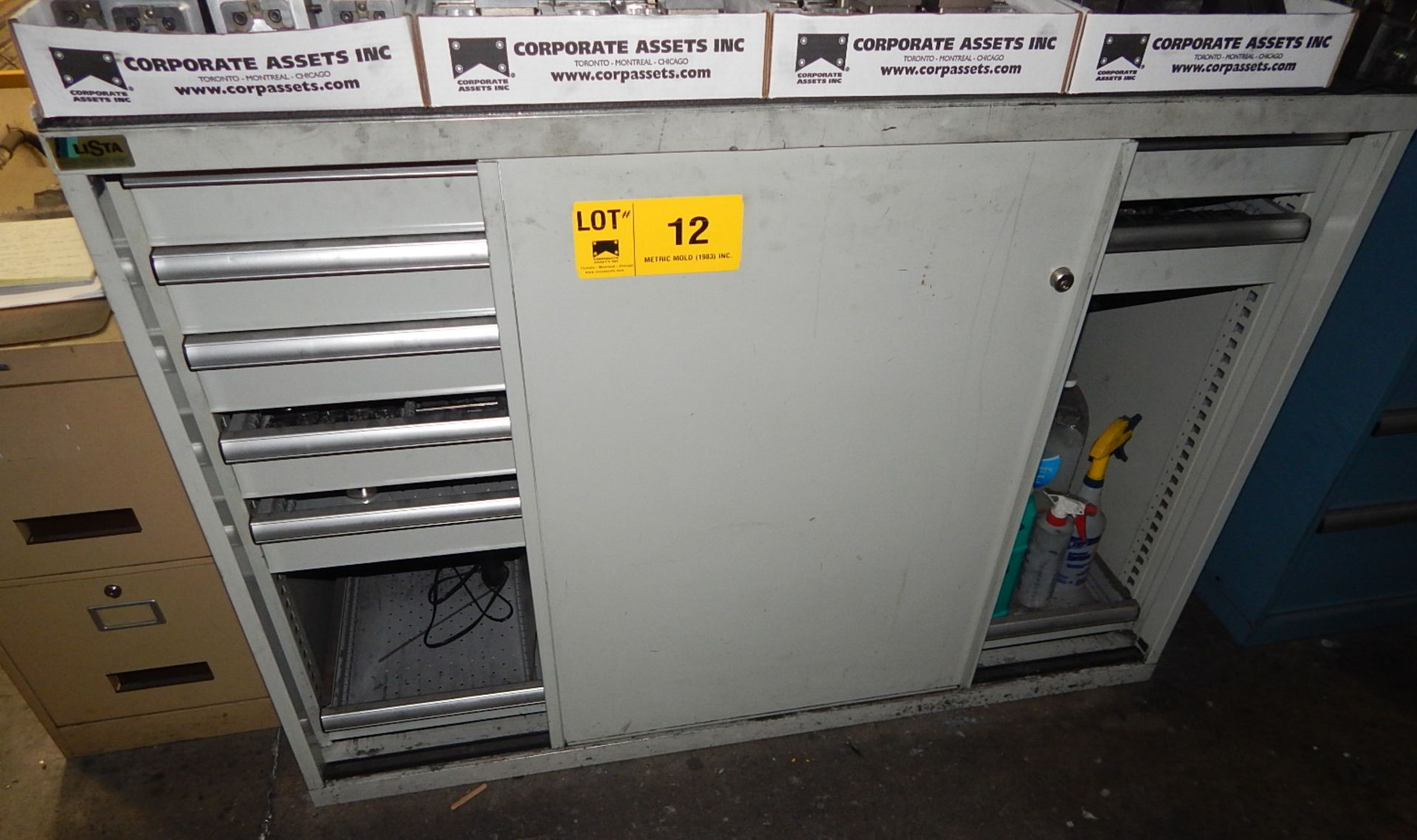 Lot 12 - LISTA 8 DRAWER SLIDING DOOR CABINET (NO CONTENTS, DELAYED DELIVERY)