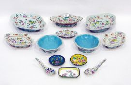 Six Chinese porcelain lobed quatrefoil footed dishes in sizes, painted with famille rose style