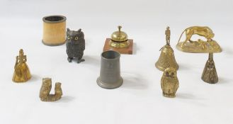 Assorted items of brass and metalware, to include:- a Chinese cylindrical footed vase cast with