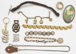 Good assortment of costume jewelleryincluding gold-coloured chains, silver-coloured metal