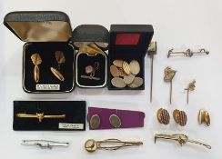 Two pairs of 9ct gold chain-pattern cufflinks, oval and engine-turned, 8.5g approx