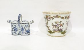 Late 19th/early 20th century continental porcelain