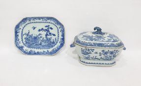 18th century Chinese porcelain tureen and cover, o