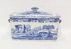 Large Spode Italian pattern tureen and cover, roun