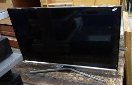 """Samsung 32"""" Smart flatscreen TV, model T32E390SX with remoteCondition Reportwith remote control"""
