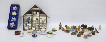 Quantity of Wade porcelain miniatures, sundry decorated thimblesand other decorative ceramics