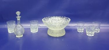 Heavy cut glass fruit bowl with lobed and serrated border, similar smaller dish, set of six cut