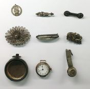 Silver broochin the form of mother and baby elephant,quantity of various silver brooches and other