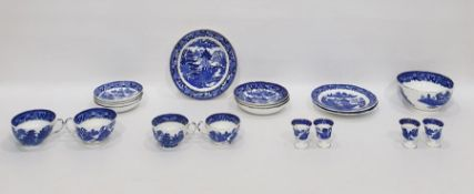 Grainger & Co. Worcester porcelain part tea service, underglaze blue transfer printed with willow