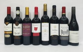 Eight bottles of mixed red wineto include Santa Julia Malbec 2015 and Chateau des Perligues