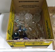 Quantity of various cut and coloured glass (1 box)