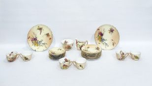 Royal Worcester porcelain tea service for 6 persons, floral spray decoration pattern no. W4492, 22