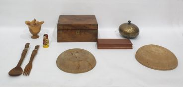 Quantity of treen items including African carved wood salad servers, writing slope, wooden salad