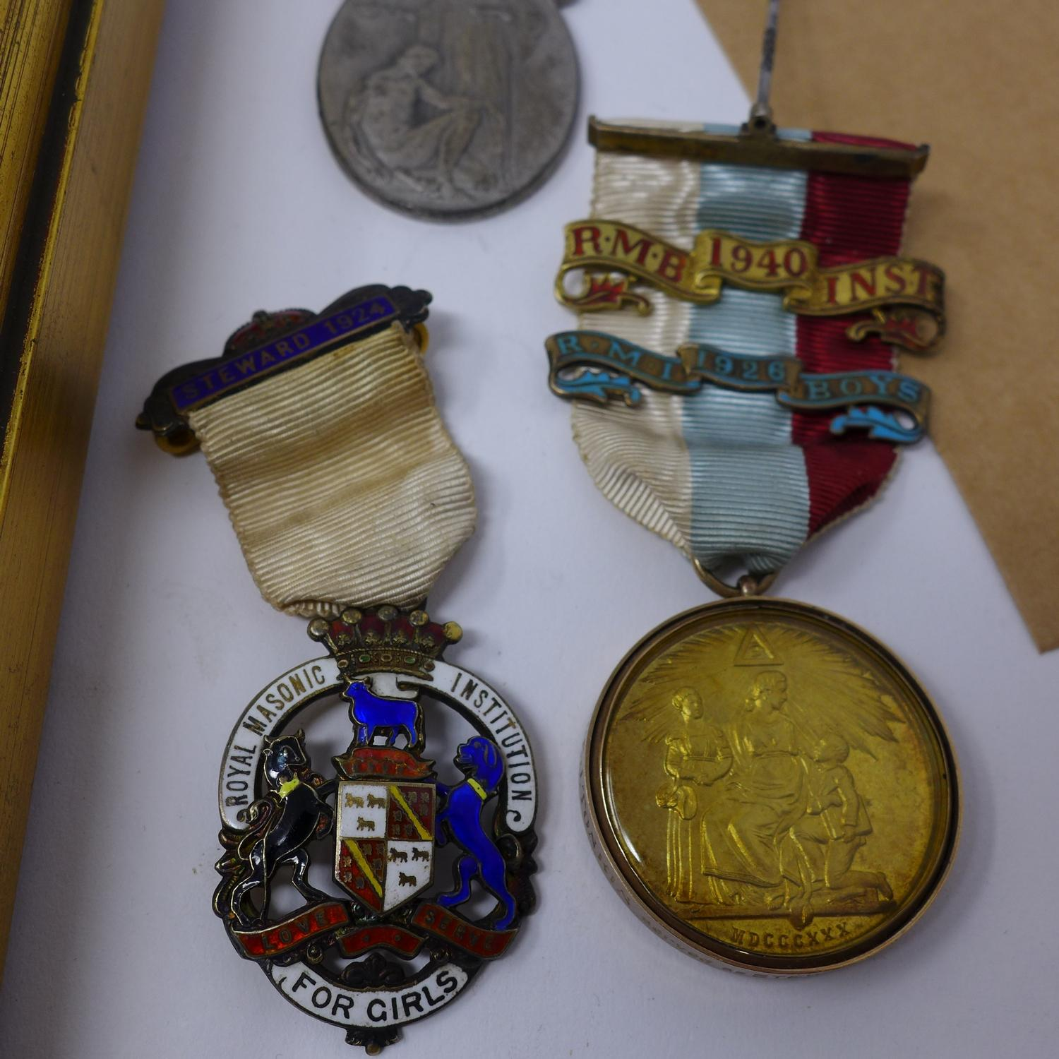 Lot 11 - A collection of Masonic medals, to include a solid silver Masonic Freemasons Hospital medal,