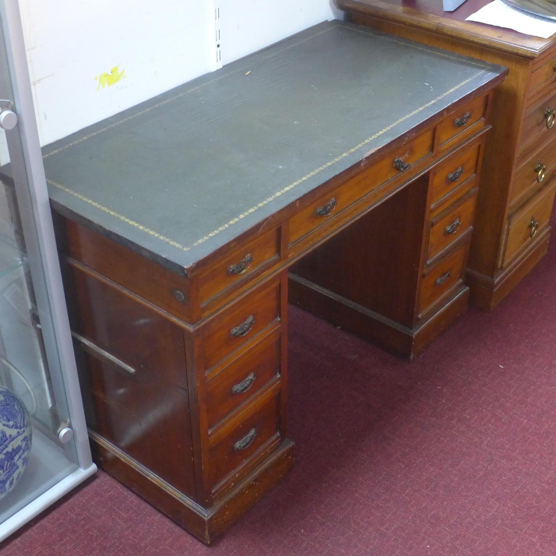 Lot 3 - A Victorian mahogany pedestal desk, having an arrangement of nine drawers, on pedestal base, H.72