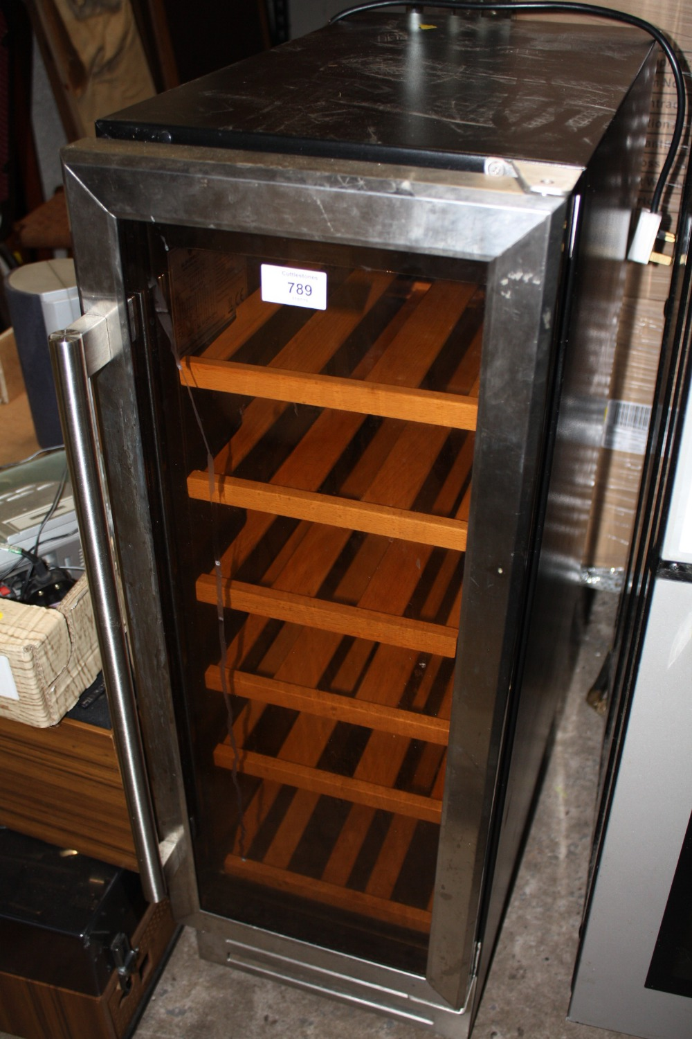 Lot 789 - A GLEN DIMPLEX WINE COOLER