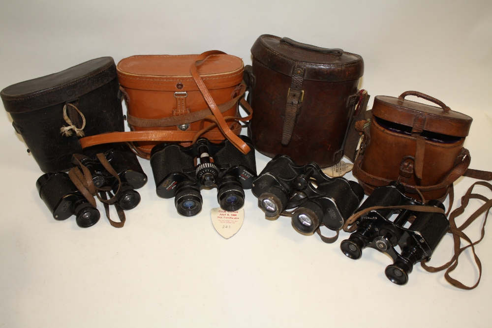 Lot 654 - FOUR PAIRS OF VINTAGE LEATHER CASED BINOCULARS TO INCLUDE NEGRETTI & ZAMBRA, MILITARY CARL ZEISS